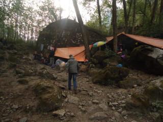 Campo di fortuna in Nepal Sara Pavone