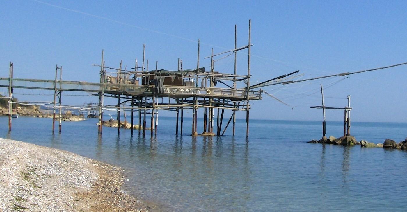 Un Trabocco nei pressi di San Vito Chietino, dove potrebbe sorgere Ombrina Mare