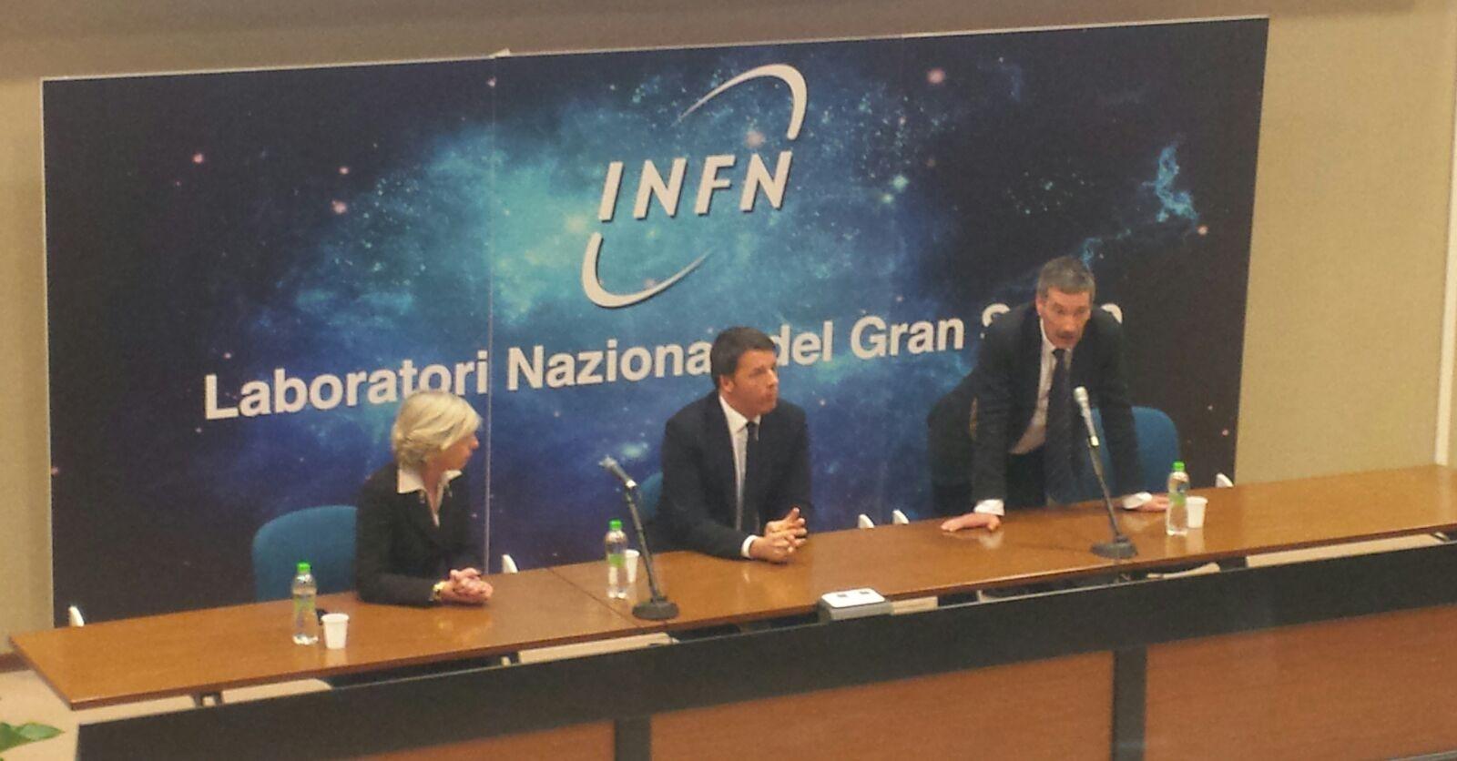 L'incontro del Premier con i ricercatori dell'INFN