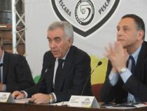 Il presidente della Divisione calcio a 5 con il sindaco di Pescara
