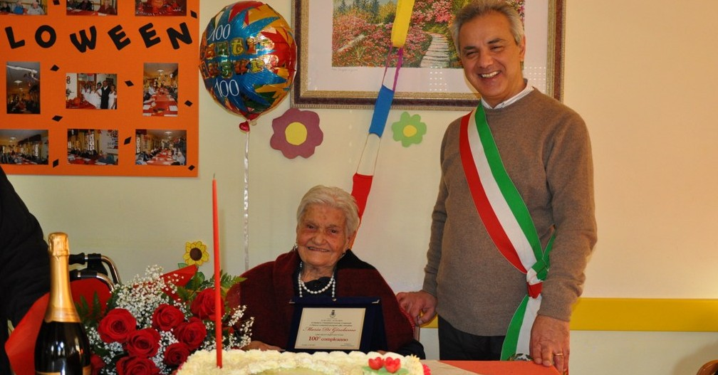 Maria Di Girolamo con il sindaco di Orsogna