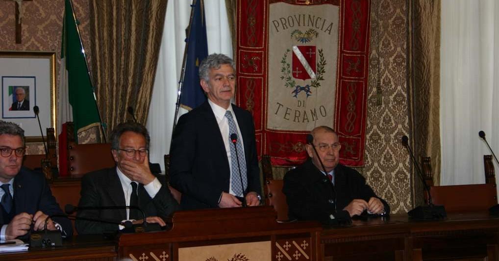 Renzo Di Sabatino, Presidente della Provincia di Teramo Renzo Di Sabatino