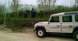 La Guardia costiera sequestra l'area