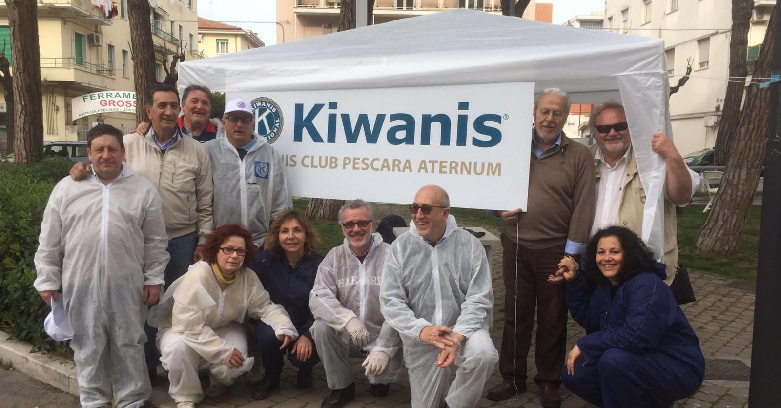 Volontari del Kiwanis Club Aternum Pescara