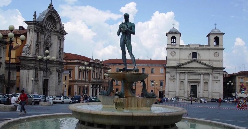Piazza Duomo L'Aquila