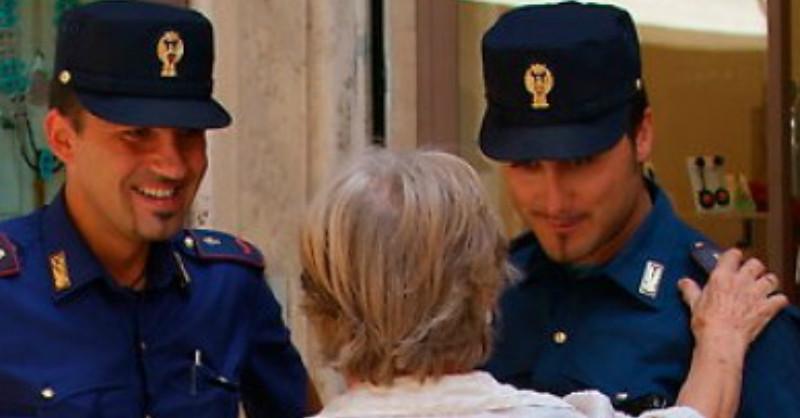 La polizia incontra i cittadini