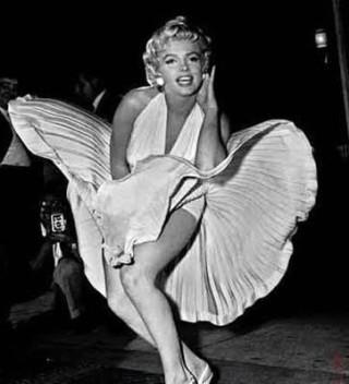 Marilyn nella scena simbolo della diva