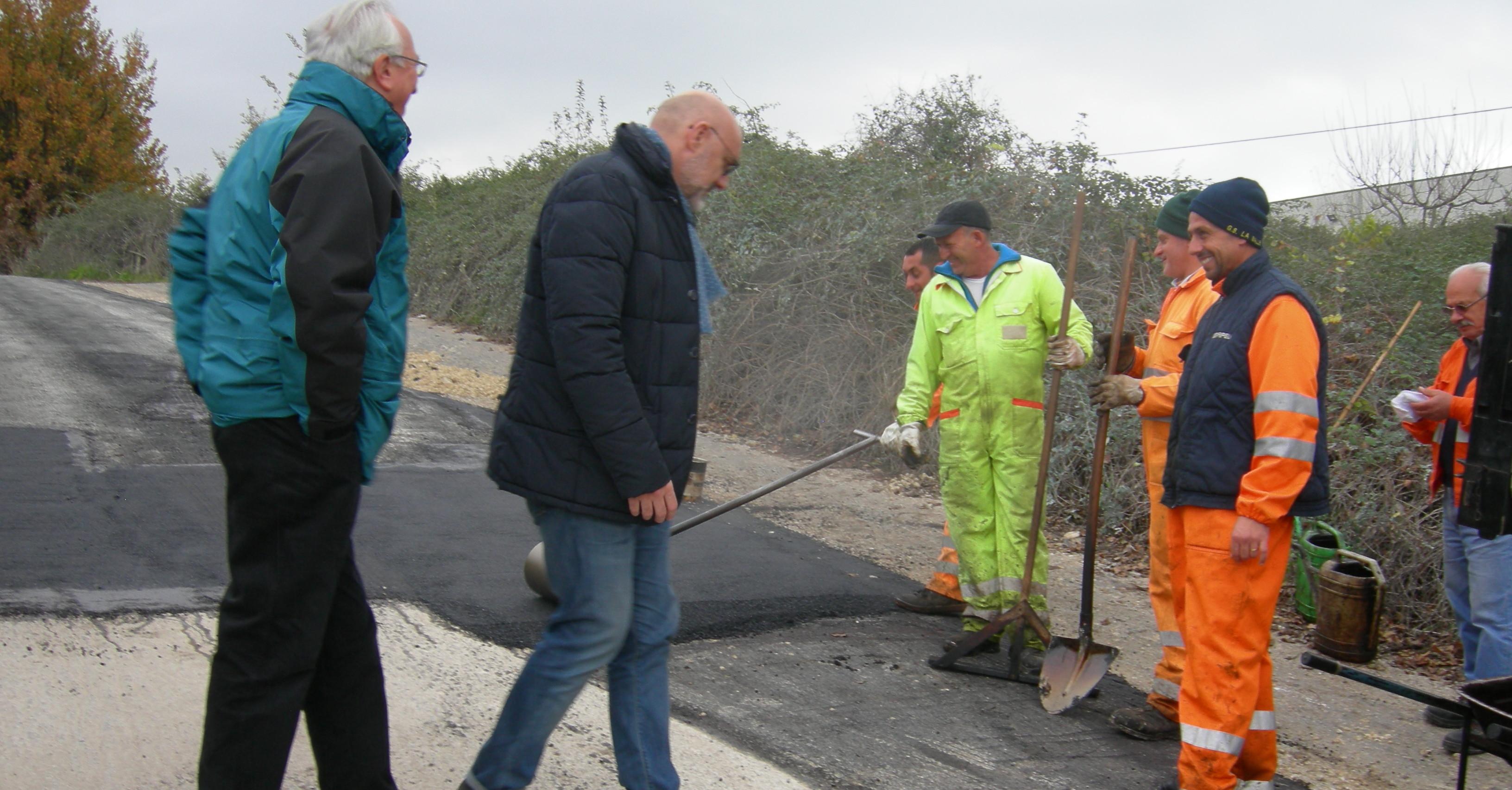 asfalto-in-via-mazzolari