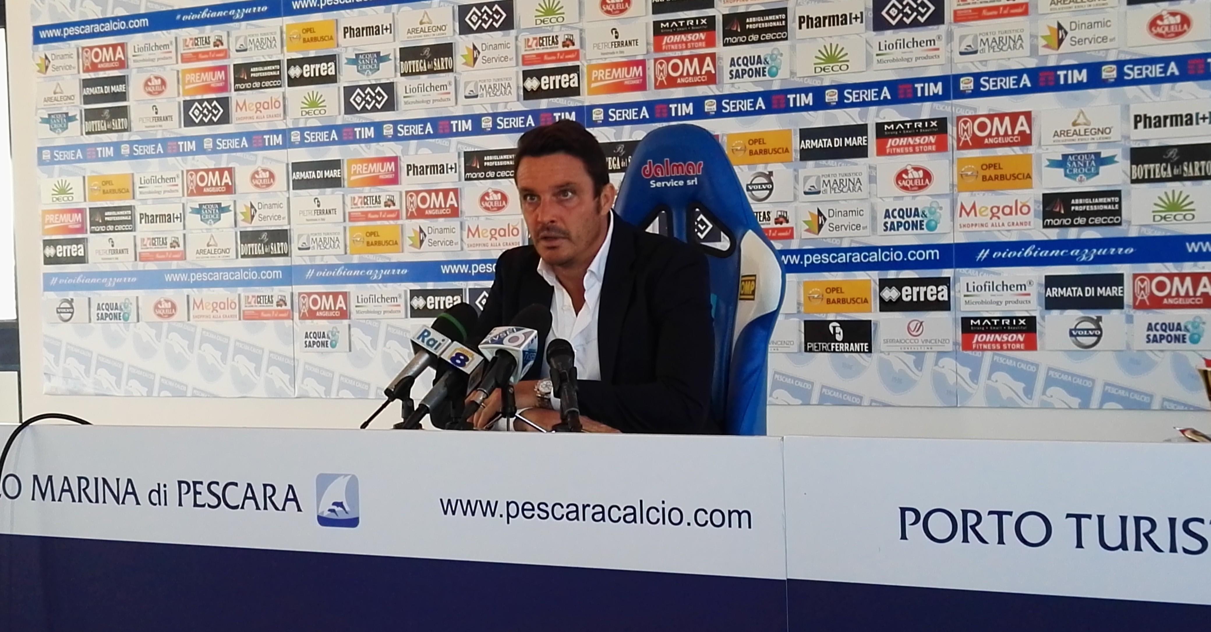 Massimo-Oddo-durante-la-conferenza-stampa-