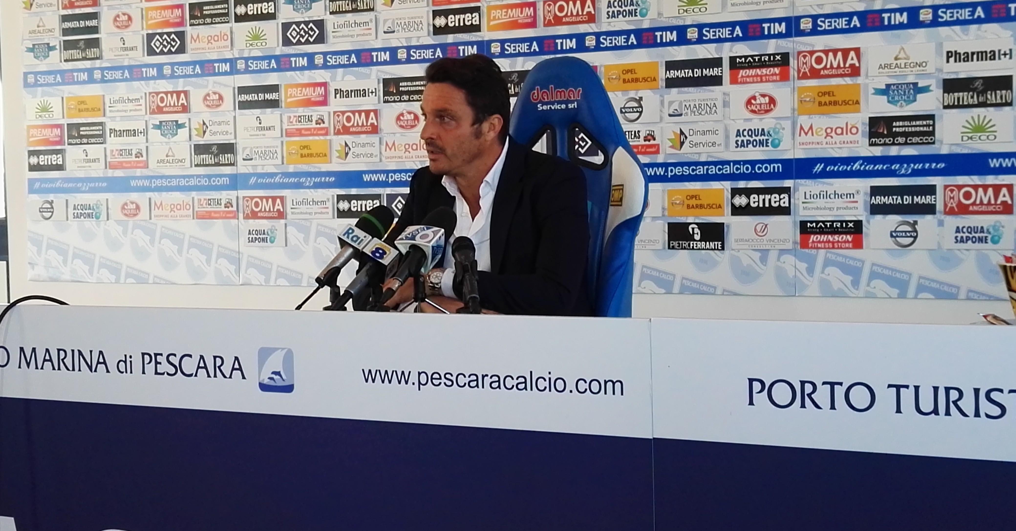 Massimo-Oddo-durante-la-conferenza-stampa.