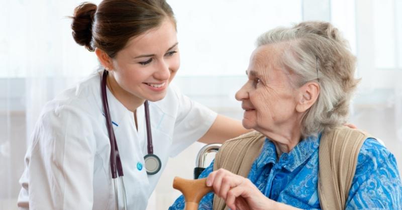 Anziani in Italia, troppi non adeguatamente assisti