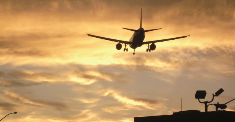 Rotte aeree, liberalizzazione per inquinare meno