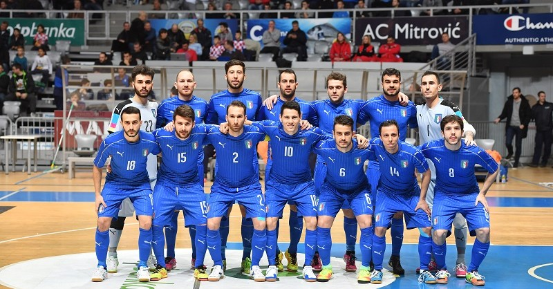 L'Italia al palazzetto dello sport di Zara