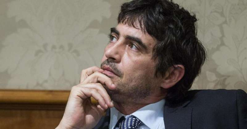 Sinistra Italiana, Nicola Fratoianni segretario